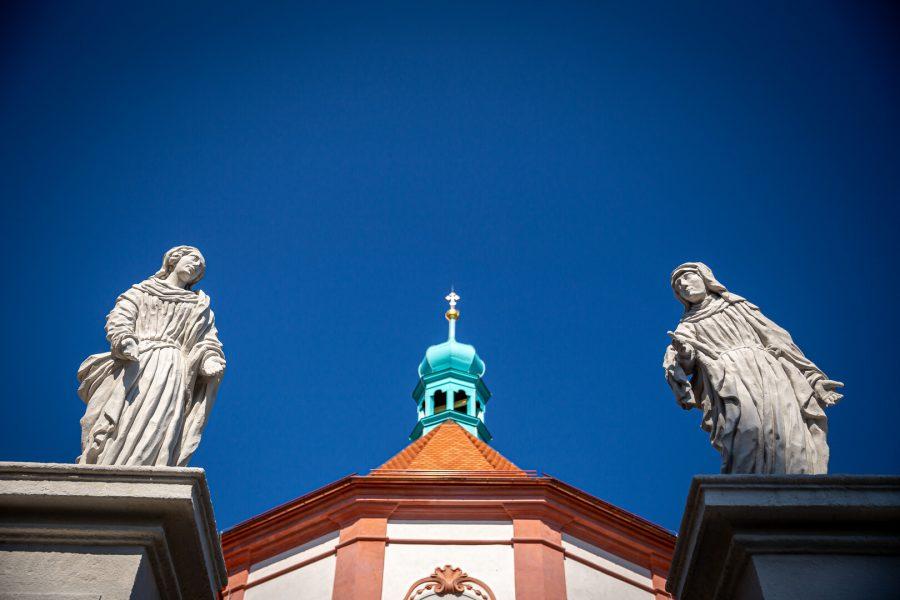 (c) Roman ALBRECHT / Člověk a víra